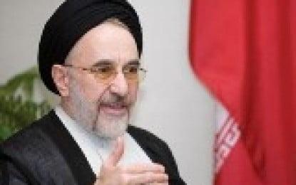 Iran arrests ex-president Khatami's aide: report