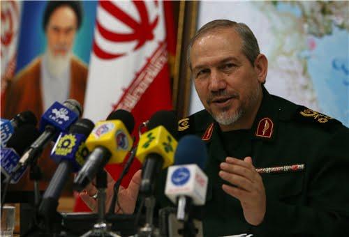 Leader's Aide Urges Targeting Zionist Regime's Internal, Regional Security