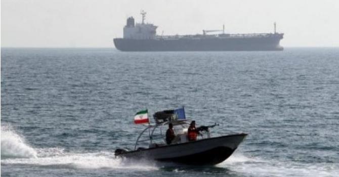 Bahrain arrests 8 'terrorists' fleeing to Iran by speedboat
