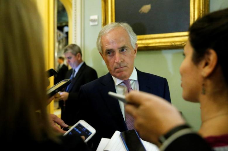 Top U.S. senator: Trump administration won't toss Iran deal