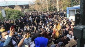 Iran sentences 13 protesters to jail