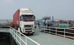 Iran exports 2nd non-oil cargo to Oman via Sirik Port